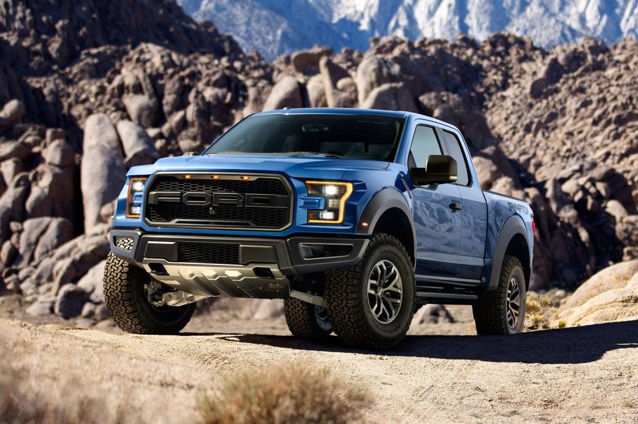 /wp-content/uploads/2016/10/2017-Ford-F-150-SVT-Raptor-featured.jpg