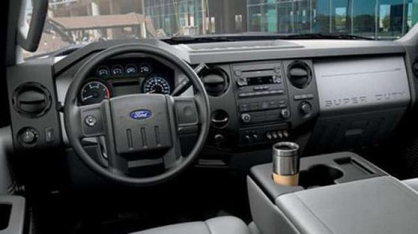 2017-ford-f-650-f-750-interior