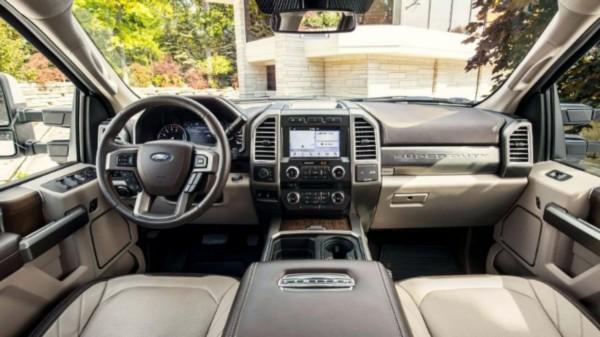 2021-Ford-F-250-Interior