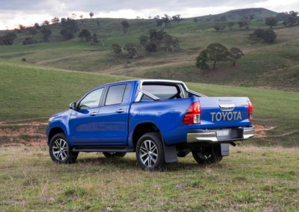 2021-Toyota-Hilux Exterior