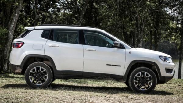 2021-Jeep-Compass Exterior