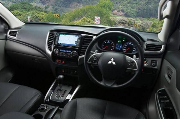 2021-Mitsubishi-Triton-Interior