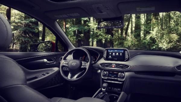 2021-Hyundai-Santa-Fe-interior